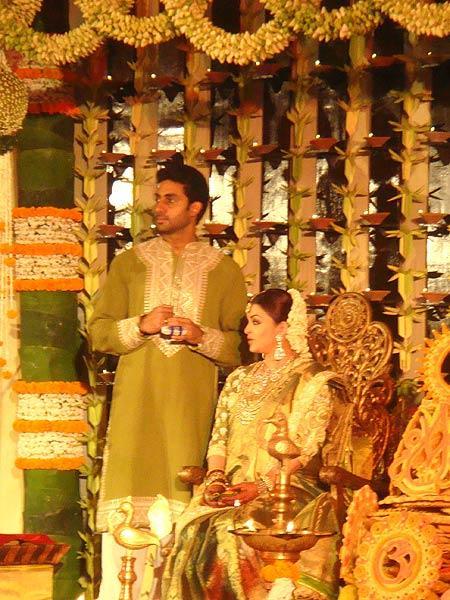 Photos Aishwarya Rai Bachchans Baby Shower Zaynah R